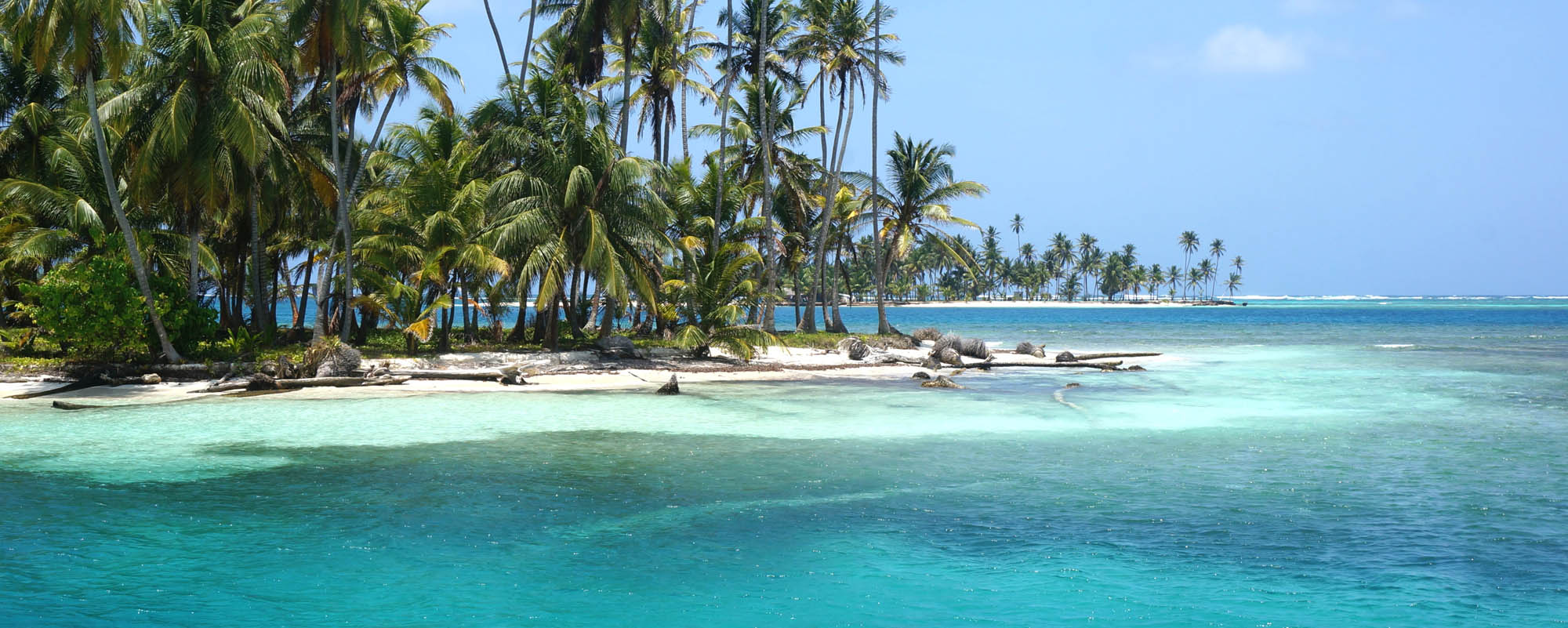 San Blas Islands Hotels Resorts Kuna Lodges C Lodge Porvenir Island